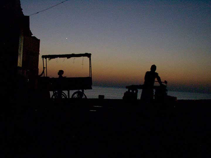 Dwarka-Night-Time-Good-Stall