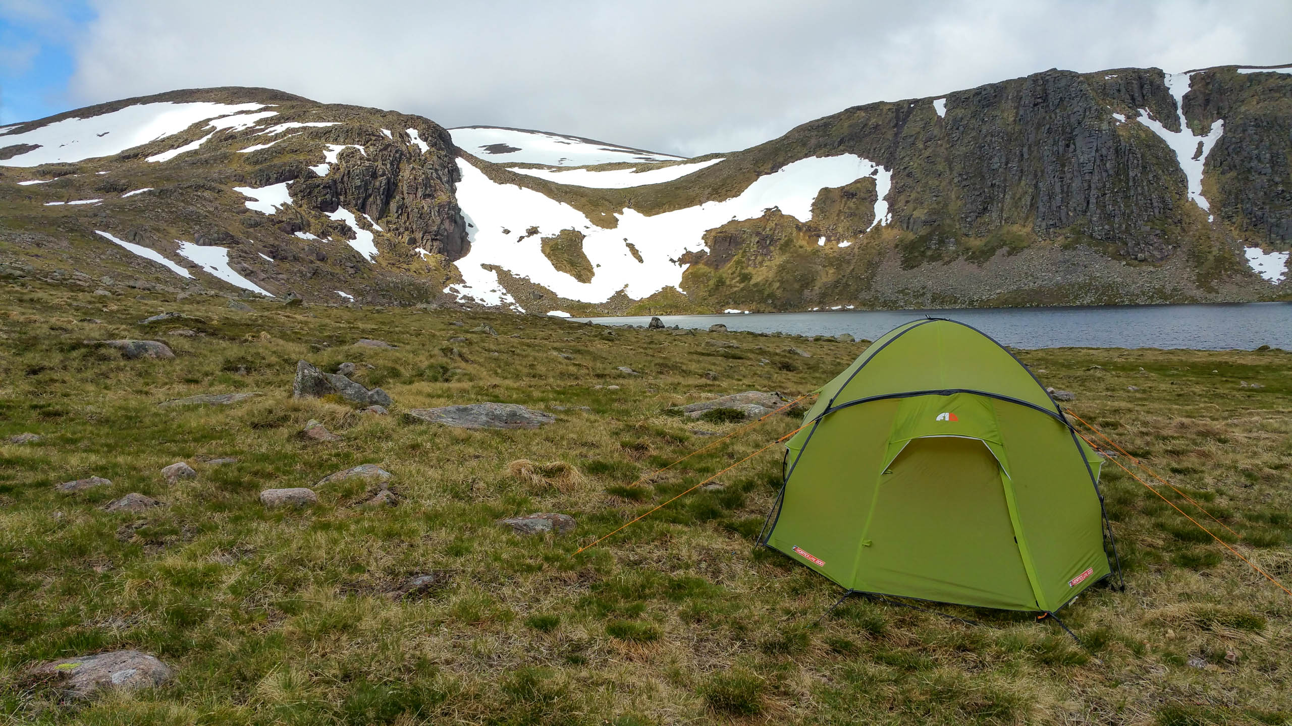 Wild camping by Loch Etchachan